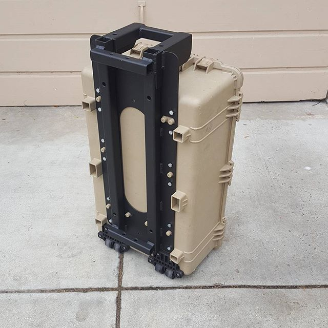 The plate securely attaches to 1650 cases